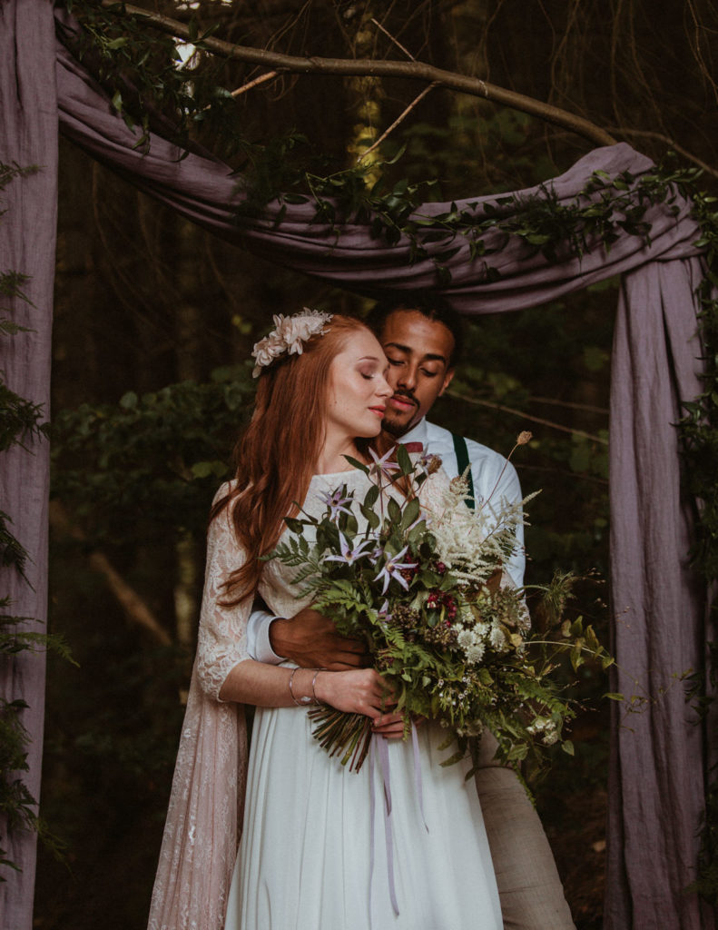 Photographe mariage élopement dans la forêt