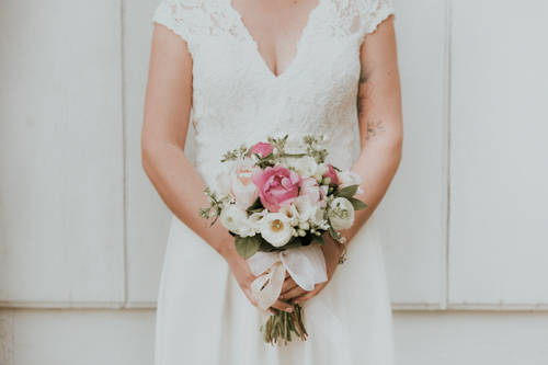 bouquet de mariage avec pivoine