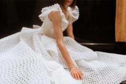 robe de mariage gemy maalouf à l'hôtel marriott de central park. Détail robe de mariée