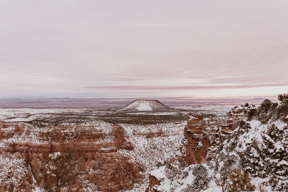 photo d'un ciel rose au grand canyon