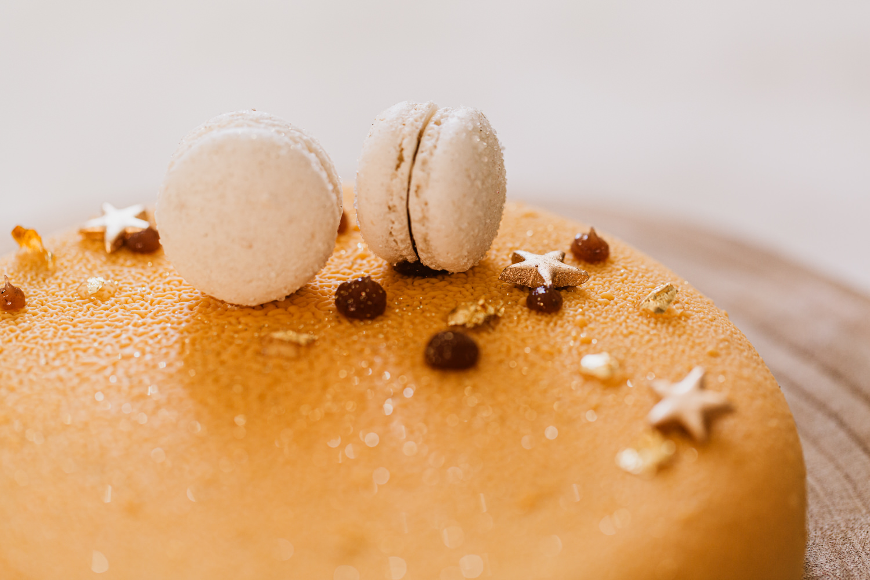 photo gâteaux avec macarons Montpellier