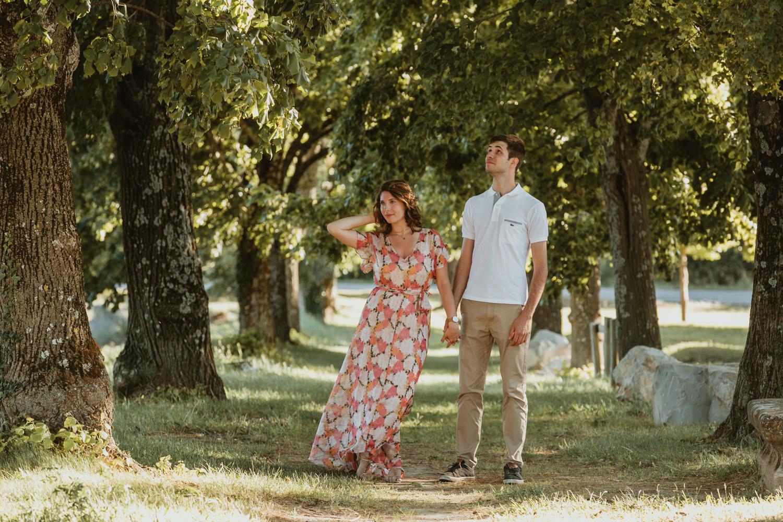 Shooting photo couple dans les lavandes 84