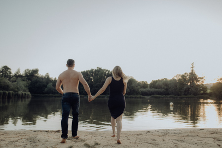 photo couple qui se jette à l'eau lac de mormoiron Vaucluse