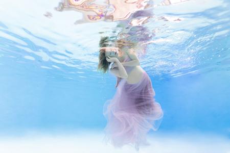 Photo maternité formation photographe sous l'eau underwater Paris