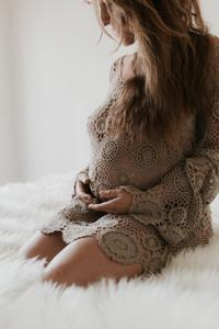 photographe professionnel maternité Guzargues